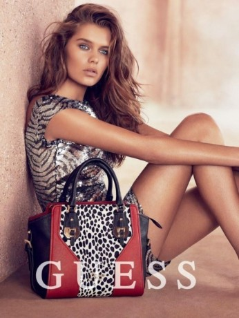 guess-handbags-holidays-2014-campaign-6-618x822